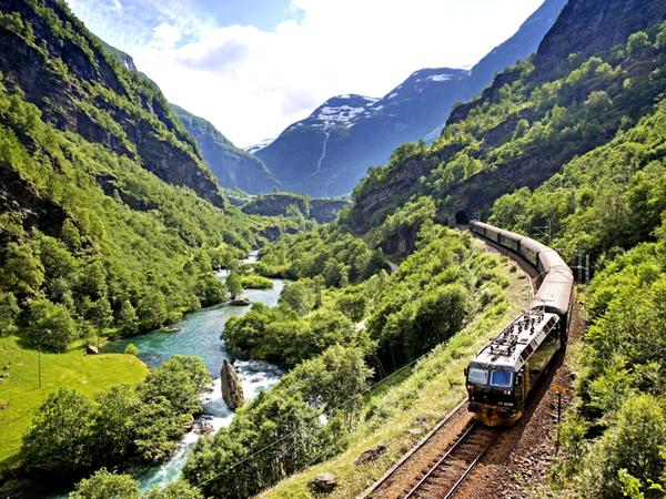 Europe-Amazing-trains