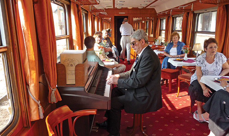 Europe_Danube Express_Bar Car_APT_1261_LLR