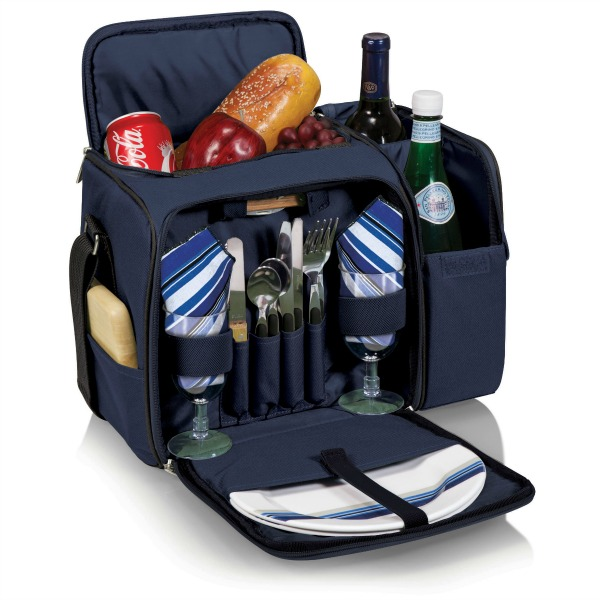 packing-list-for-vacation-in-croatia-picnic-bag-malibu